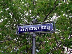 In Rhens gibt es sogar einen Rentnersteg. Foto: Onnola (cc)